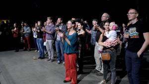 Tonya Graves, Michael Kocáb, Monika Načeva a další podpořili uprchlíky