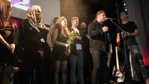 K2 pokřtily novou desku v pražském klubu La Loca, byli u toho Petr Kolář nebo Pepa Bolan