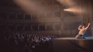 Xindl X roztleskával Mahenovo divadlo, v Brně byl plný elánu