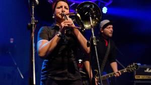 České Budějovice rozpálil Dead End Festival, hráli Locomotive, X-Core i Kurtizány z 25. Avenue