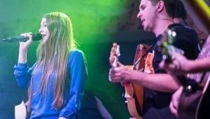 Jelen a Kateřina Marie Tichá strhli Plzeň, potěšila i Sima Martausová