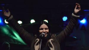 Anna K. i přes virózu rozehřála fanoušky na trzích v Opavě