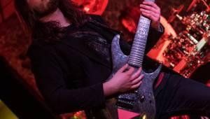 Vladivojsko spustilo metalový řev v Plzni