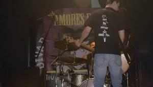 Amores Perros slavili 10 let! Od fanoušků dostali i dort