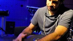 Jedna bota a bubenický um - Will Samson a Manu Delago okouzlili  festival Spectaculare