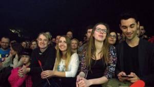 Francouzský temperament Zaz rozehřál i ledovou plochu v Brně
