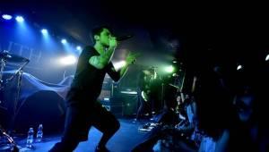 Japonský metal Crossfaith si podmanil Rock Café