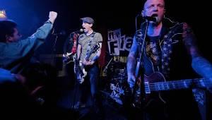 E!E a The Fialky se znovu sešli na jarním turné: v Českých Budějovicích hráli ve Velbloudu