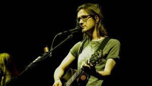 Steven Wilson se svým audiovizuálním programem uchvátil Prahu