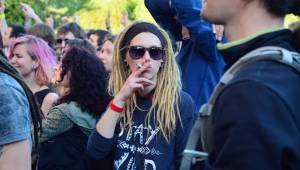 Brněnský Čarodějáles: Pohodovou atmosféru rozčeřili hvězdní Guano Apes