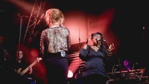 Selah Sue a Emma Smetana okouzlily fanoušky v Roxy