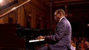 George Cables oslnil v Rudolfinu svým prvotřídním jazzem