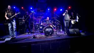 Blaze Bayley, hlas Iron Maiden z devadesátých let, řádil v pražské Nové Chmelnici