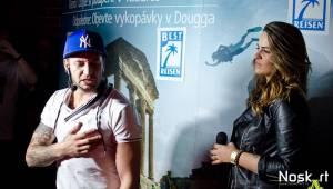 Party v Praze: Sámer Issa, Martina Balogová, Leona Gyöngyosi a Jan Bendig