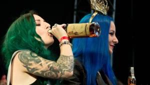 Tattoo Convention v Praze: Krásné ženy a mistři tetování