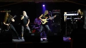 CODA v Litvínově: rocker v tygrovaných legínách a třicet lidí v sále
