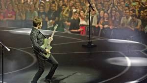Muse v Praze předvedli speciální pódium i drony