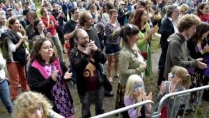 Pražský Respect festival: Diváky oslnili Diwan Saz, Zuco 103 a další kapely z celého světa