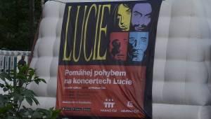 Lucie v Plzni oslavila třicetiny: Narvaný amfiteátr bouřil!