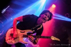 Steve Vai oslavoval v Lucerna Music Baru 25 let svého nejúspěšnějšího alba