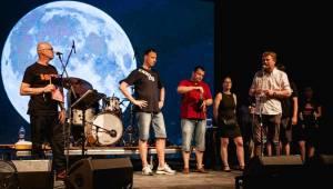 Metronome festival poprvé otevřel brány, warm up obstarali Thom Artway, No Distance Paradise a -123minut