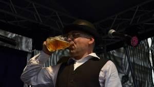 Sobota v Plzni patřila pivařům: v rámci Gambrinus dne vystoupili The Prostitutes, Trautenberk nebo Kníry