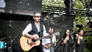 United Islands navštívilo v Praze padesát tisíc lidí, v neděli hráli Adrian T. Bell, Vltava nebo Brodka