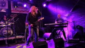 Na Plutofest v Peruci dorazili Kamil Střihavka, Anna Veselovská i čeští AC/DC