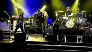 Robert Plant v Plzni tasil i nesmrtelné hity Led Zeppelin