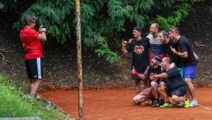 Pražský Festonda Cup: Wohnout, Imodium a spol. soutěžili v nohejbalu pro radost ze hry