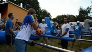 Kryštof Kemp ve Svojšicích: táboření, hudba, fotbal a dešťový budíček