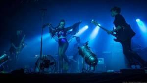 Swing Me Prague: Caravan Palace, Mydy Rabycad i Voila! electroswingovou jízdou rozhýbali Pragovku