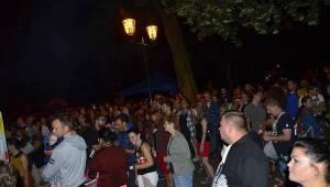 Plzeň rozezněla Živá ulice. Na úvod hráli Donnie Darko i Znouzectnost