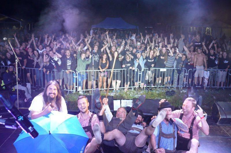 Rockové léto završilo prázdniny na Mži. Fanoušky přilákali Trautenberk i Alkehol