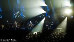 Elán v Karlových Varech: Velkolepá světelná show a známé hity