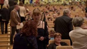 Francouzská legenda Mireille Mathieu připomněla v Praze sílu svých šansonů