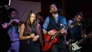 Jelen pokřtil za účasti Davida Stypky Vlčí srdce, turné zahájí na konci října