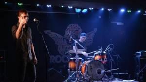 Svátky hudby v Rock Café patřily alternativě: Zahrály kapely Strom stínu a Animé