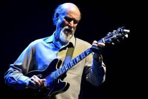 Držitel Grammy John Scofield potěšil jazzem brněnské Sono centrum
