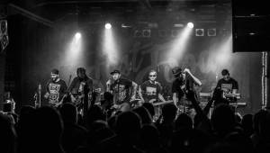 Podzimní Mighty Sounds nabídl Prague Conspiracy, Radio Dead Ones i Fast Food Orchestra