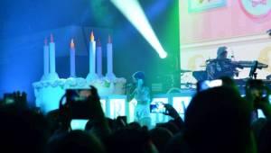 Melanie Martinez vystoupila v Praze nachlazená, fanoušci jí ale vydatně pomáhali