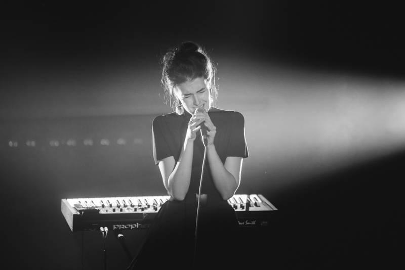 Never Sol představila v Akropoli novinky za doprovodu světelné show