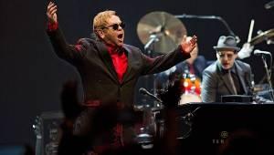 Bláznivá noc Eltona Johna: O2 arena byla vyprodaná