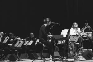 Lenku Filipovou a Lenny za doprovodu filharmonie přivítalo vyprodané Kongresové centrum ve Zlíně