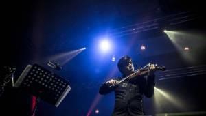 Čechomor odehrál vánoční koncert ve Foru Karlín, došlo i na křest vinylu Proměny