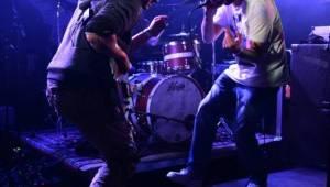 Crazy Town svým nu-metalem rozvášnili Rock Café, došlo i na hit Butterfly