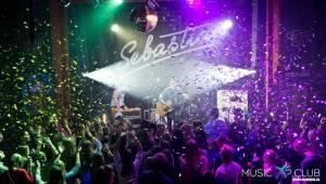 Sebastian v Chomutově: Hvězdy, konfety a autogramiáda