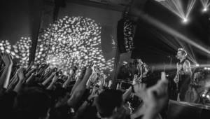 Sum 41 naplnili energickým pop-punkem klub Roxy