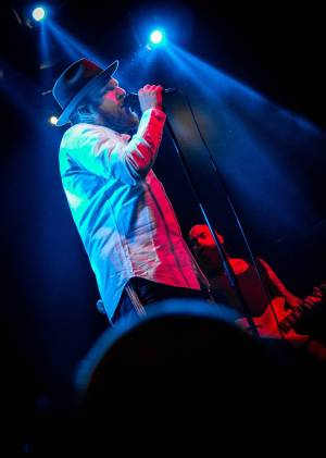 Alex Clare v Praze dokázal, že je zpěvák s velkým Z