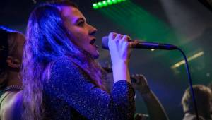 Xindl X zahrál ve vyprodaném Lucerna Music Baru novinky i starý fláky